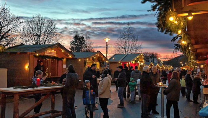 Weihnachtsstimmung pur am Bruckmühler Christkindlmarkt.