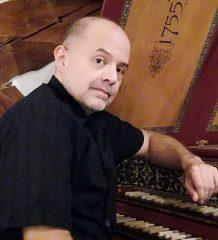 Cembalist Alexander Ristivojevic.