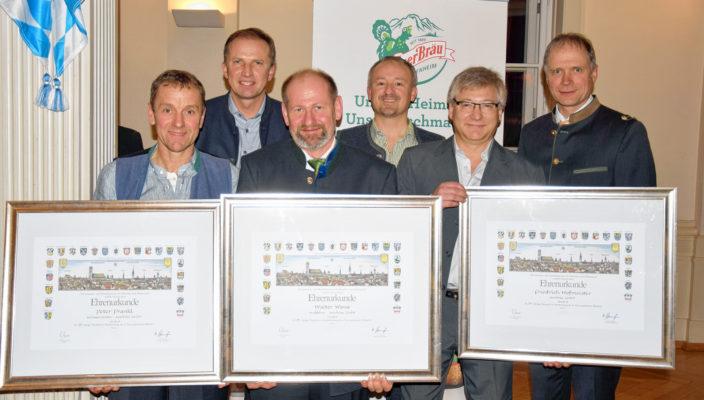 Die geehrten Jubilare, von links: Peter Prankl, Walter Wons, Friedrich Hofmeister (25 Jahre Betriebszugehörigkeit); (hintere Reihe von links) Geschäftsführer Tilo Ruttmann, Betriebsratsvorsitzender Anton Mayer, Geschäftsführer Thomas Frank.