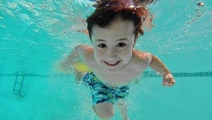Schwimmen und Tauchen macht Spaß, nicht nur Kindern. Foto: pixabay