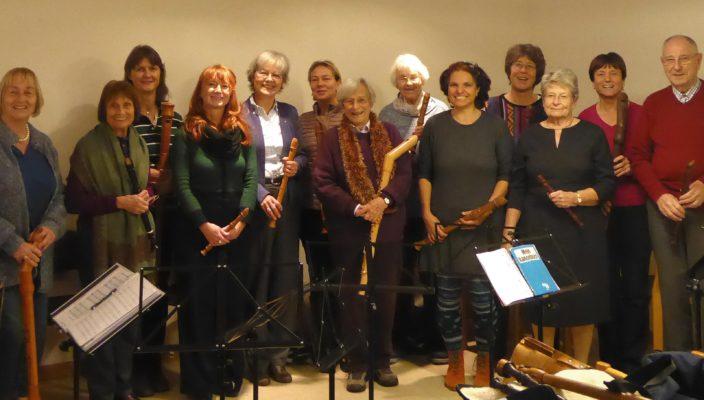 Das Rosenheimer Blockflötenconsort spielt Werke alter und neuer Meister.