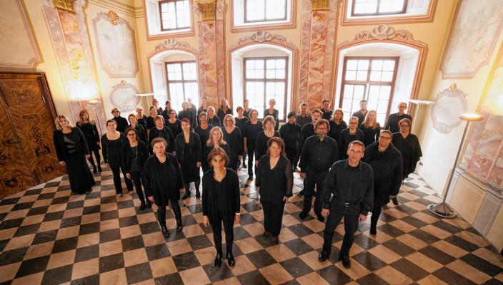Der Chorkreis St. Quririnus bietet ein außergewöhnliches Programm. Foto: re