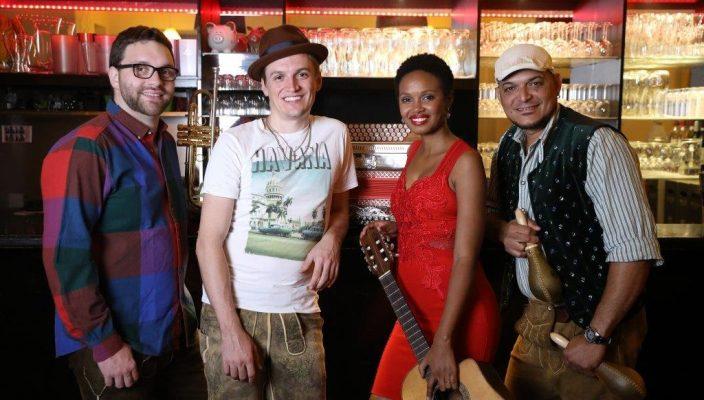 Lebensfreude pur: CubaBoarisch 2.0 ist beim Festival mit dabei