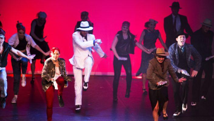 Die Musik von Prince und Michael Jackson setzt das Odyssey Dance Theatre in eine packende Bühnenshow um. Foto: Odyssey Dance Theatre