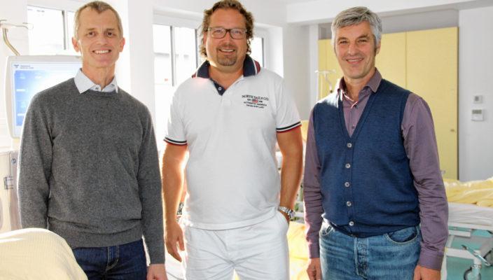 Chefarzt Priv.-Doz. Dr. Florian Eckel, Prof. Dr. Stephan Orth und Ärztlicher Leiter Dr. Guido Pfeiffer (von links).