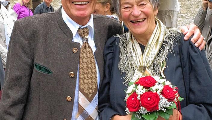 60 Jahre verheiratet und immer noch glücklich: Ehepaar Marile und Edi Stiftl aus Eggstätt.