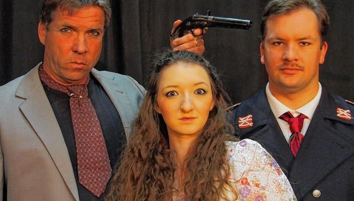 Christian Domnick, Jutta Schmidt und Tobias Huber, die Hauptdarsteller in dem Schauspiel.