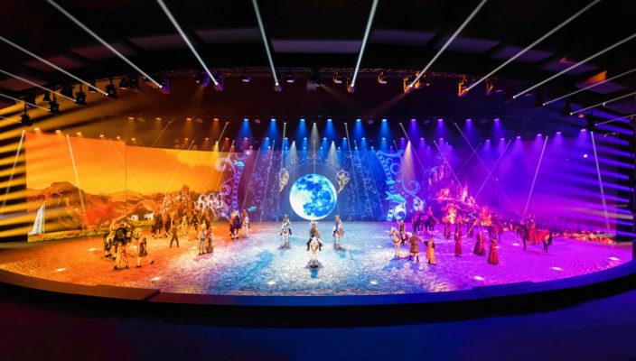 Spektakuläre Show in spektakulärem Showpalast. Foto: APASSIONATA presents EQUILA