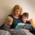 Familienpaten helfen zum Beispiel alleinerziehenden Eltern, indem sie ein paar Stunden mit den Kindern verbringen. Foto: DKSB/Susanne tessaMüller