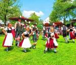 Die Trachtenjugend feiert in der Freien Turnerschaft.