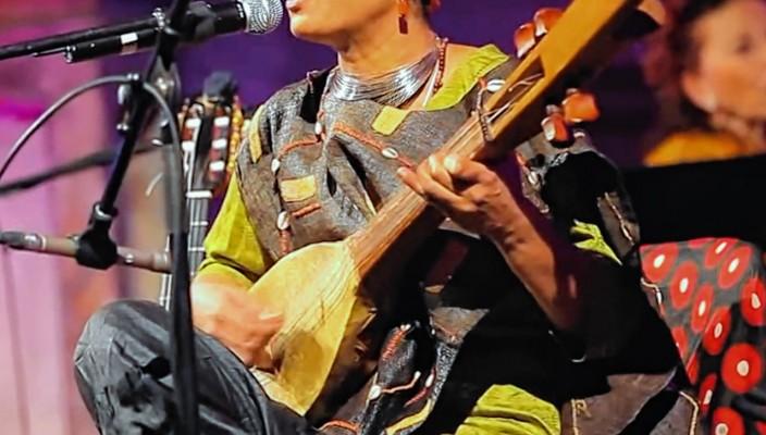 """Nawal Mlanao, die ,,Stimme der Komoren""""."""