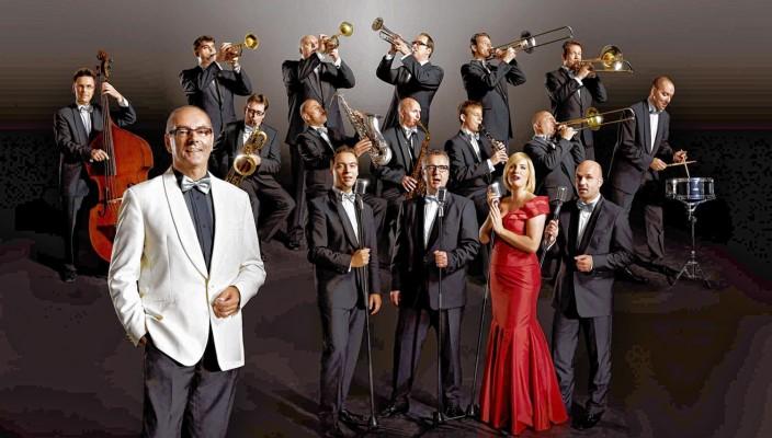 Die große Big-Band-Besetzung macht den unverwechselbaren Glenn Miller-Sound aus.