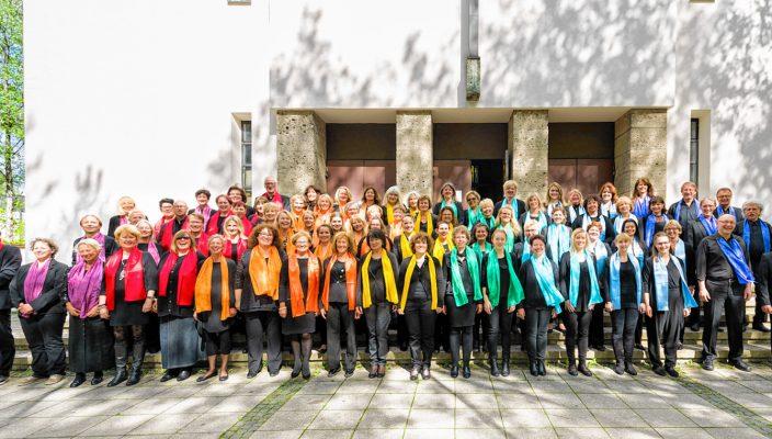 Rund 80 Sängerinnen und Sänger umfasst der Chor der Gospelsingers.