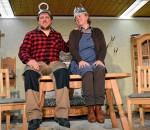 """750 Euro für die Nachbarschaftshilfe Rosenheim kamen bei der Benefizveranstaltung des """"Kohlrabiapostel"""" der Heimatbühne zusammen. Foto: Sieberath"""