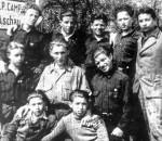 Jüdische Waisenkinder aus dem DP-Lager Aschau.