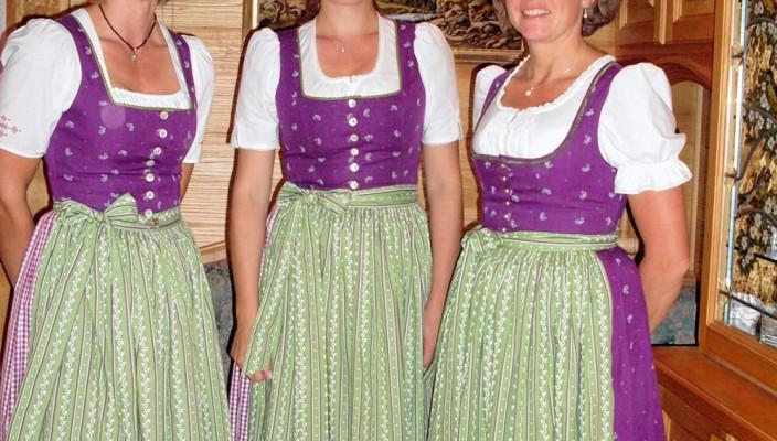 Die Stoaberg-Sängerinnen.