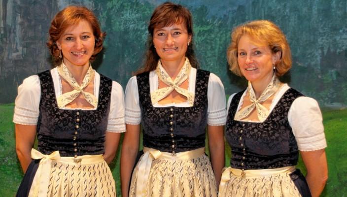 Die Stoaberg-Sängerinnen sind auch beim Hoagascht in der Inntalhalle dabei.