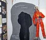 Einen sehr anschaulichen Überblick über die Geschichte der Karstgebilde im Laubensteingebiet gibt das Höhlenmuseum in Frasdorf.
