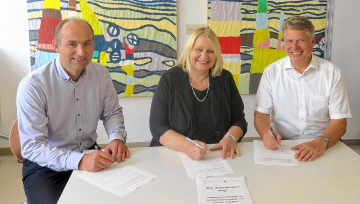 Gemeinsam im Interesse der Kinder, von links: Anton Reiserer, Helga Wichmann und Frank Leistner.