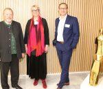 Von links: Stellvertretender Landrat Josef Huber, Gitte Händel, Leitung der Geschäftsstelle der Gesundheitsregionplus Landkreis Rosenheim, Tom Conrads von insa Gesundheitsmanagement GbR.