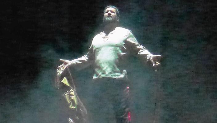 Efe Kislali in der Titelrolle als Otello überzeugte mit stimmlicher und darstellerischer Präsenz. Foto: Jacobi