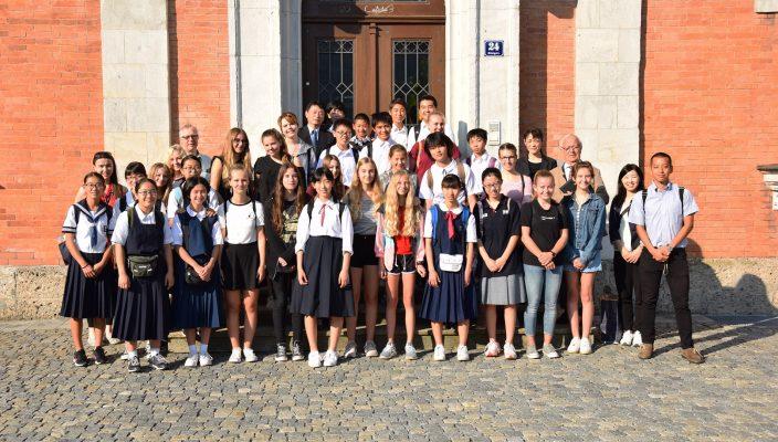 Den Austausch werden wohl weder die japanischen noch die deutschen Schüler je vergessen. Foto: Trux
