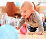 Mit viel Elan erkunden Kinder in ihren ersten Lebensjahren ihre Umwelt. Diese Zeit kann Eltern ganz schön fordern. Foto: Susanne Tessa Müller
