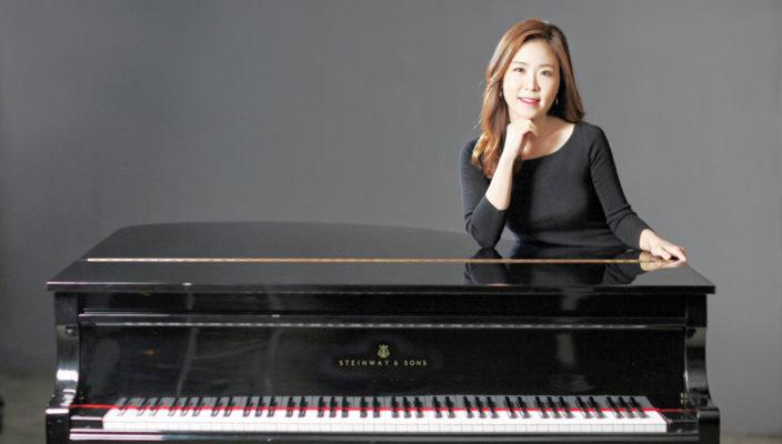 Die erfolgreiche Pianistin Inji Lee ist Teilnehmerin des Wasserburger Klaviersommers und spielt am 5. August ein Nachmittagskonzert.