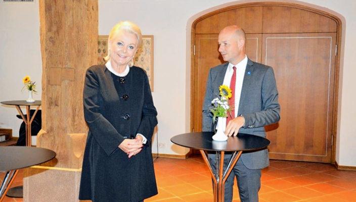 Rosenheims Oberbürgermeisterin Gabriele Bauer und Kemptens Oberbürgermeister Thomas Kiechle sprachen über gemeinsame Herausforderungen. Foto: re