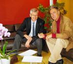 Die beiden Bürgermeister Peter Solnar (rechts) und Phillipp Bernhofer sind sich in Sachen Klimaschutz einig.