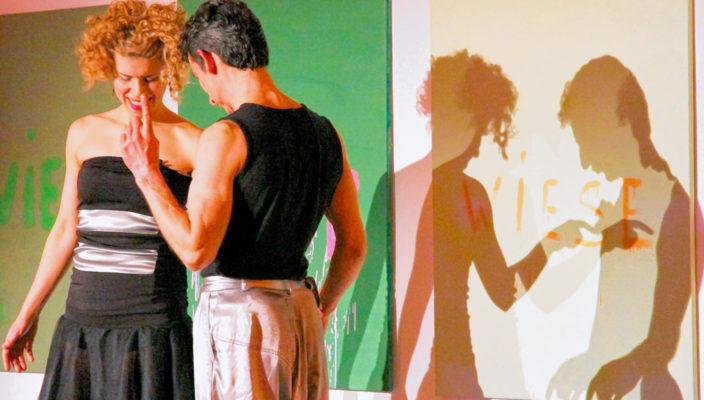 """Das Duo """"Alice in Wonderband"""" aus Serbien nahm die Gäste mit auf eine bewegte und bewegende Reise."""