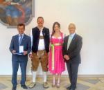 Zweiter Bürgermeister Anton Heindl (rechts), Jacqueline Werner aus Feldkirchen-Westerham, Anton Achatz und Dragan Bukic.