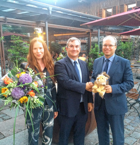 Der alte und der neue Vorstand: Dr. Mario Voit, links, und Lucas Wartenburger.