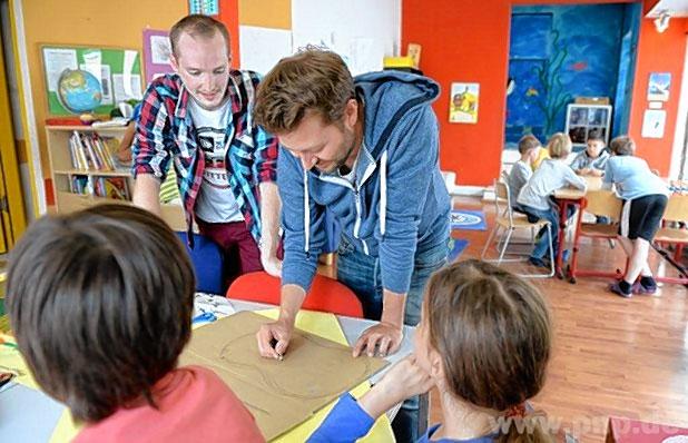 Erziehung ist längst nicht mehr Frauensache, aber Männer sind nach wie vor die Ausnahme in Kitas und Grundschulen. Foto: dpa