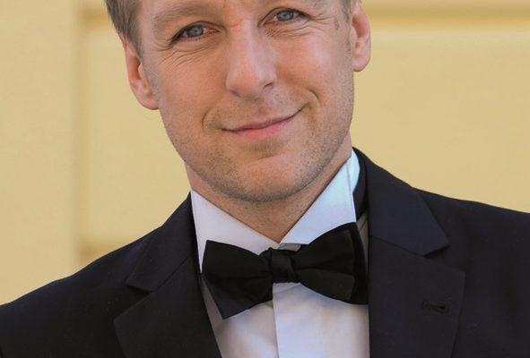 Max Müller moderierte das Konzert.