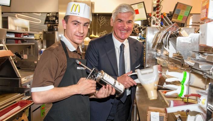 Michael E. Heinritzi, der größte McDonald's Franchisenehmer in Europa, hat allen Grund, den 60. Geburtstag von McDonald's zu feiern.