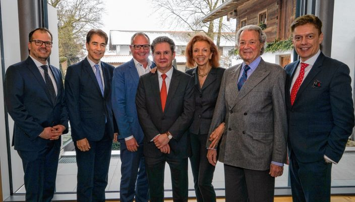 Von links: Marcus Hormuth, Reinhold Schlensok, Matthias Oettel, Dr. Stefan Schmale, Marina Meggle, Toni Meggle, Prof. Dr. med. Bruno Meiser.