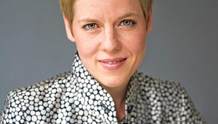 Isabelle Faust arbeitete schon mit vielen berühmten Dirigenten zusammen.