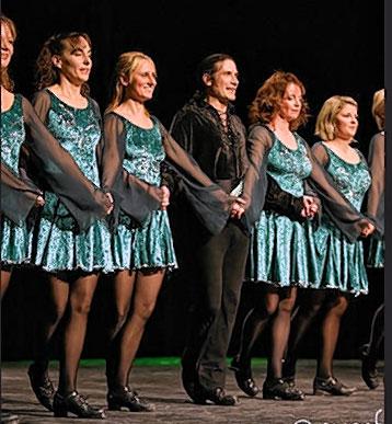 """Die """"Ivy Leaf Irish Dancers"""" sind mit dabei."""