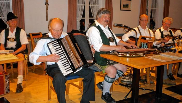 """Das """"Klaus Taubenbergertrio-Trio"""" ist dabei!"""