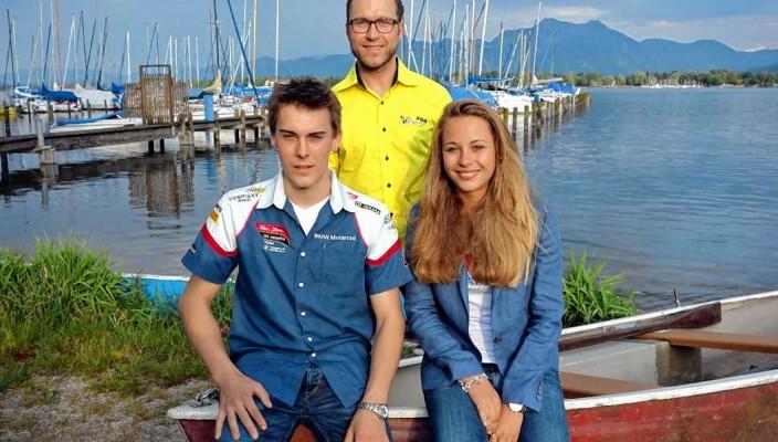 Sophia Flörsch, Markus Reiterberger und Martin Smolinski präsentierten sich auf Einladung des ADAC Südbayern e.V. als erfolgreiche, junge und für die Zukunft hoffnungsgebende bayerische Motorsportler. Foto: hö
