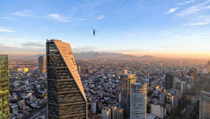 """Gestern Mexico City, heute Neubeuern: Die Aktionsgruppe """"One Inch Dreams GmbH"""" kommt zum Warenmarkt!"""