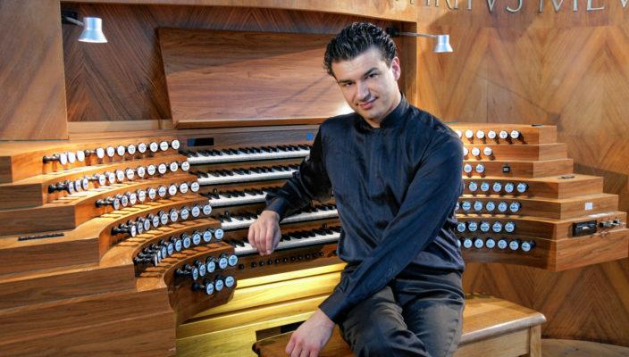 Organist Paolo Oreni kommt nach Kolbermoor.