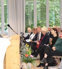Leitender Regierungsschuldirektor Stefan Pauler sprach bei der Einweihungsfeier. Foto: RoMed Kliniken