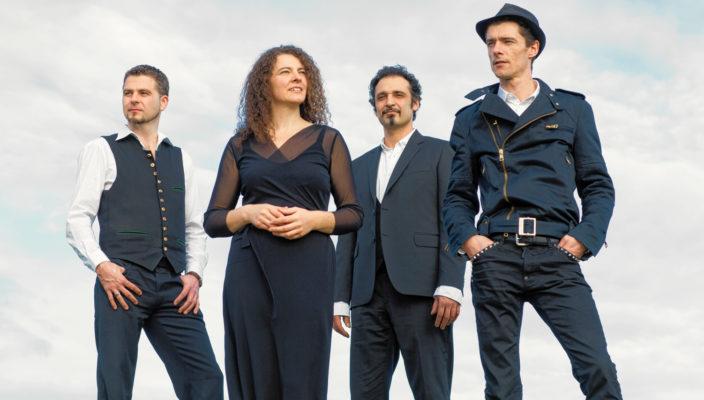 Herbert Pixner und seine Musikerkollegen gastieren im November in Rosenheim.