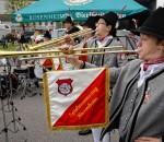 Der Spielmannszug Rosenheim eröffnet traditionell den verkaufsoffenen Sonntag.