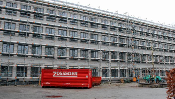 Eine große Baustelle: Das Haus A an der Johann-Rieder-realschule.