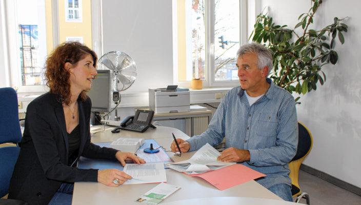 Maria Wissen von der Deutschen Rentenversicherung gibt auch Intensivberatung.