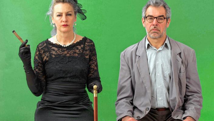 Die alte Dame (Rita Aß ) und ihr ehemaliger Geliebter Alfred IlI. (Andreas Wörndl). Foto: Berger