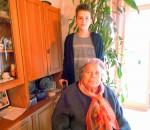 Schüler die sich um ältere Menschen kümmern- eine wunderbare Idee und ein vorbildliches, generationenübergreifendes Projekt der Johann-Rieder-Realschule.